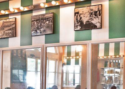 Mirrors at Cafe Du Monde